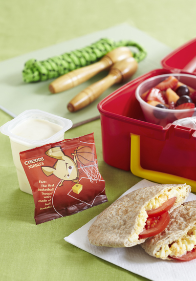 Egg Tomato Pitta Lunch Box Meal